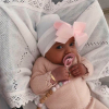 Newborn muts wit met roze strik van lint extra warm