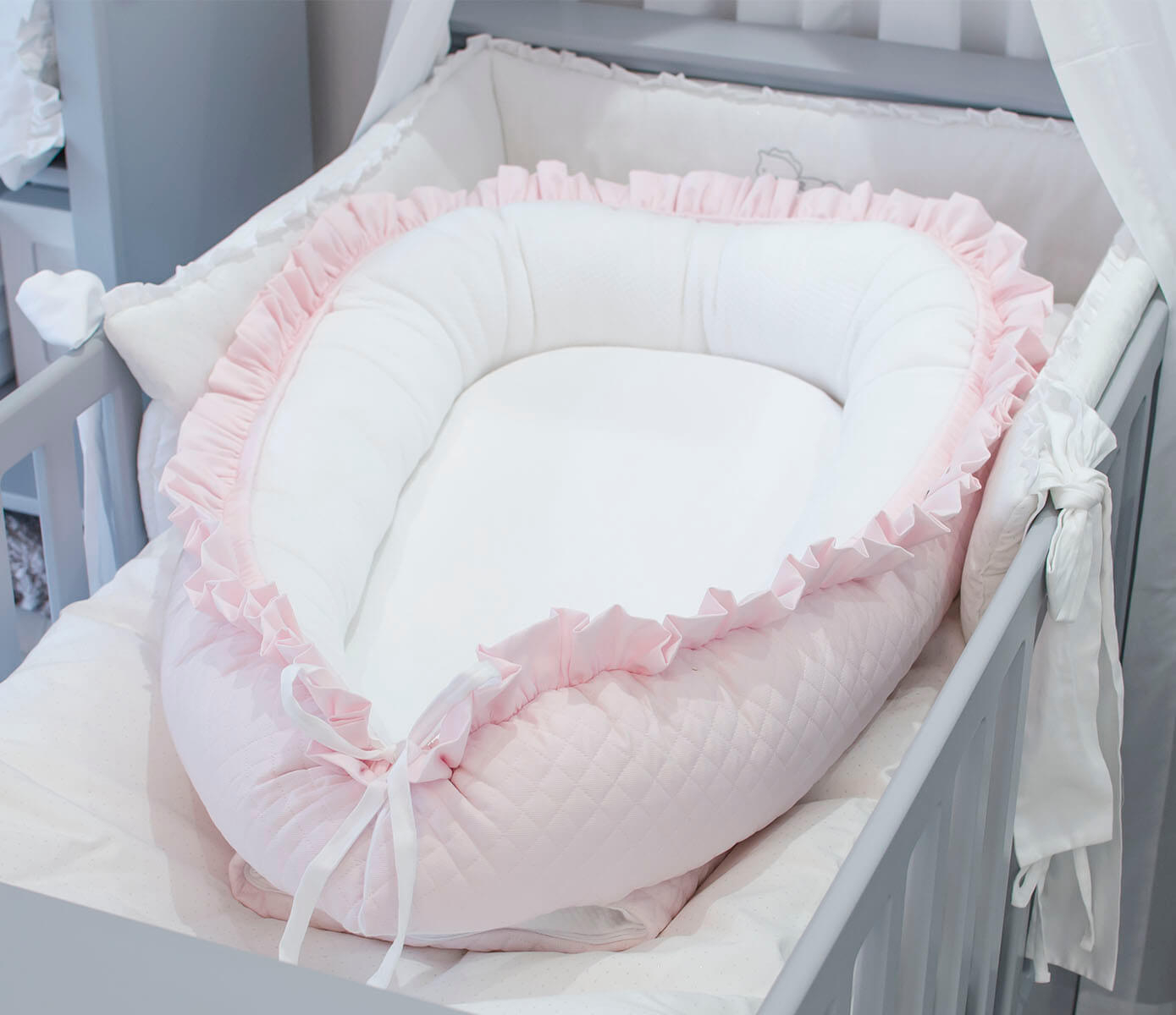 Roze Quilted Royal Baby Nest