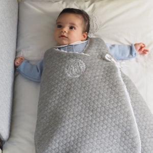 Gestikte Babyslaapzak grijs