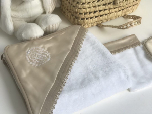Royal Satin Luxury badcape set beige