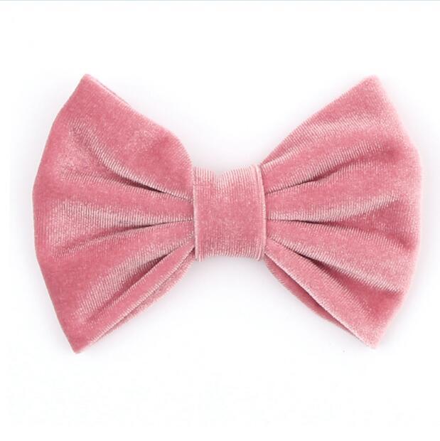 Roze velvet haarspeld met strik