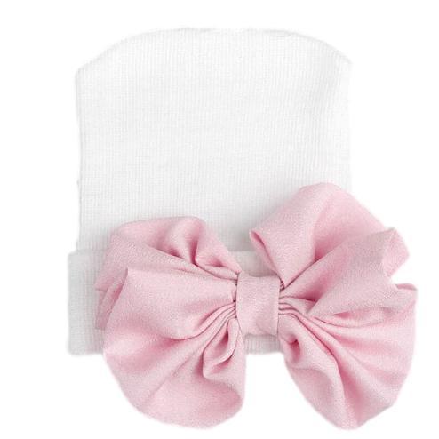 Newborn muts wit met roze strik van glanzende stof