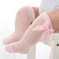 Hoge roze katoenen bow sokjes