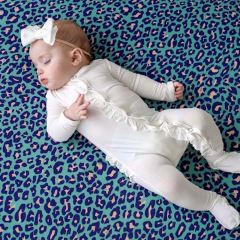Wit ruffle babypakje 3 maanden