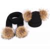 Set gebreide sjaal en muts met dubbele bont pompon